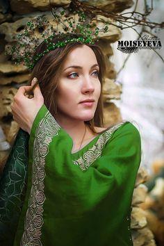 "Historically stylized dress "" Violet"" / Medieval dress / Elven dress."