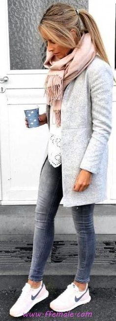Trendy Street Style Winter Outfits and Street Chic Clothes - Love This Styles - Winter Mode Fall Outfits 2018, Mode Outfits, Fashion Outfits, Fashion Clothes, Clothes Women, Woman Clothing, Fashion Ideas, Women's Clothes, Outfits Spring
