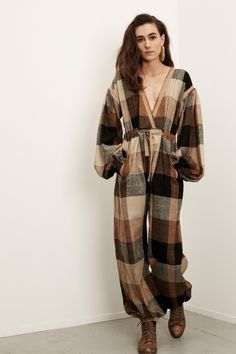 plaid jumpsuit // i want this for fall // Electric Feathers Fall 2016 Ready-to-Wear Fashion Show