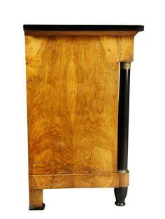 biedermeier bútor