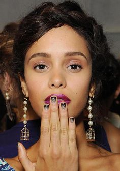 violet lips and glittery nails at Nicole Miller SS2014