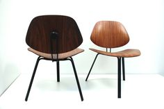 Pair of Osvaldo Borsani 'P 31' Chairs, Tecno | From a unique collection of antique and modern side chairs at https://www.1stdibs.com/furniture/seating/side-chairs/