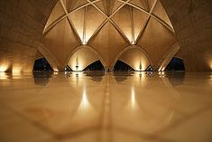 Baha'i House of Worship (Lotus Temple), New Delhi, India - Fariborz Sahba - Interior view. Beautiful Architecture, Modern Architecture, Travel Around The World, Around The Worlds, 1 Day Trip, Jain Temple, Temple India, Lotus Temple, White Lotus