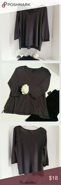 """Cynthia Rowley Grey/Purple long sleeve t-shirt Deep grey with hue of purple. Very soft long sleeve t-shirt with exposed seam front and back. Longer in back with 3"""" slit each bottom side for comfy fit. Front: 23"""".  Back: 26"""". Sleeves: 18"""". Medium. Cynthia Rowley Tops Tees - Long Sleeve"""