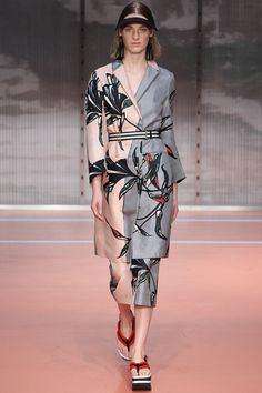 Marni Spring 2014 Ready-to-Wear Collection Slideshow on Style.com