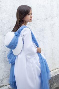 Vestido de Comunión Creta Creta, High Neck Dress, Dresses, Kids, Fashion, First Holy Communion, Templates, First Communion Dresses, Communion Dresses