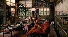 """The Cinematography of """"Children of Men"""" Cinematographer: Emmanuel Lubezki Nominated for the 2007 Academy Award for Best Cinematography Elk Rapids, Hippie House, Children Of Men, Best Cinematography, Forest House, Guy Pictures, Retro Futurism, House Design, Clive Owen"""