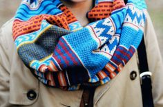 Love wrap scarves and this pattern!