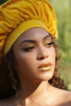 Estilo Beyonce, Beyonce Style, Divas, Beyonce Coachella, Beyonce Knowles Carter, Elisabeth Ii, Brown Skin Girls, Mellow Yellow, Inspiring Art