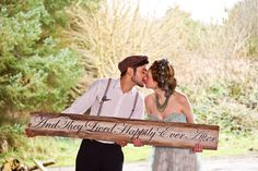REALLY big wedding sign! What a great photo prop idea.