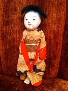My very old Chinese doll with fantastic costume.