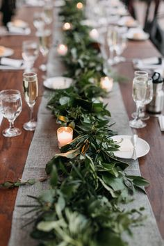 Simple Table Decorations, Party Table Centerpieces, Dinner Party Decorations, Dinner Party Table, Elegant Dinner Party, Engagement Party Decorations, Outdoor Dinner Parties, Outdoor Engagement Parties, Engagement Dinner Ideas