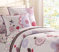 Kuş ve Çiçek Aplikeli Kız Çocuk Yatak Takımı (The bird and Flower Aplikeli Girl Bedding) Kızınız için kuş ve çiçek aplikeli yatak takımı Bebedeko'da.