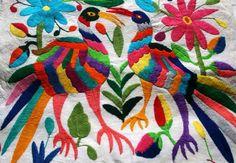 """Hoy en día hay una moda en bordado al que llaman """"bordado mexicano"""". Se trata de una bajada minimalista de lo que es cierto bordado en ..."""