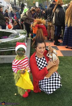 The Grinch, Cindy Lou Who, and Max the Dog - 2017 Halloween Costume Contest