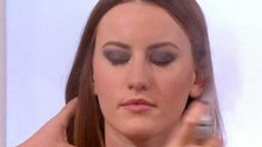 Make your make-up stay put all night