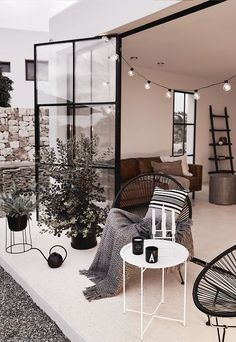 [New] The 10 Best Home Decor (with Pictures) - Outdoor Lounge, Outdoor Living, Decor Interior Design, Interior Decorating, My First Apartment, Balcony Design, House Rooms, Garden Furniture, Decoration