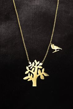 TREE SILHOUETTE NECKLACE |