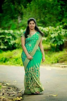Hot Desi Bhabi and Aunties and Desi Girls Pics . Desi Girlfriends Nude Selfies and Hot Photos. Beautiful Girl Indian, Most Beautiful Indian Actress, Beautiful Saree, Beautiful Outfits, Beautiful Ladies, Beauty Full Girl, Beauty Women, Indian Beauty Saree, Indian Sarees