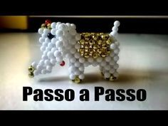 Video tutorial teach step by step how to weave Swarovski Crystal Pooh Bear Charm. Beading Projects, Beading Tutorials, Beaded Cross Stitch, Loom Bands, Beaded Animals, Wire Art, Beaded Flowers, Bead Weaving, Bead Crafts