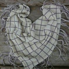 Knitted plaid shawl