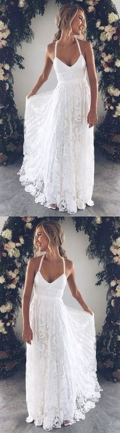 White bride dresses. All brides dream of having the ideal wedding, however for this they require the perfect bridal gown, with the bridesmaid's dresses complimenting the brides dress. Here are a variety of ideas on wedding dresses.