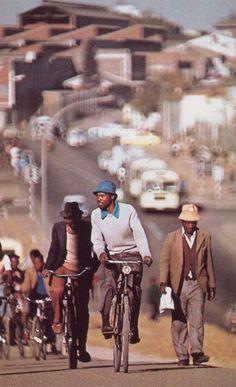 Bulawayo, Zimbabwe National Geographic November 1981 - Leroy Woodsdon Jr
