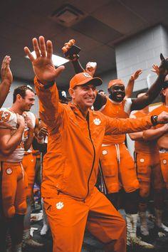 Clemson Football, College Football Teams, Clemson Tigers, Orange Is The New Black, Orange And Purple, University Of South Carolina, Alma Mater, Dorm Pictures, Shot Ski