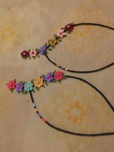 Collar flores crochet