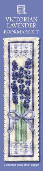 """Kreuzstichpackung Lesezeichen """"Viktorianischer Lavendel"""" / cross stitch kit bookmark """"Victorian Lavender"""", Textile Heritage"""
