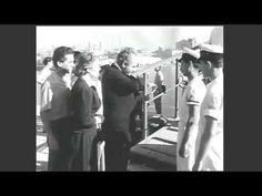 Κόκκινα τριαντάφυλλα (1955)  Ελληνική ταινία. Κόκκινα τριαντάφυλλα (1955) Μια ταινία που αξιζει για την σπανιοτητα των εξωτερικων πλανων από τον σιδηροδρομικό σταθμό Πάτρας λιμάνι Πλατεία Τριών Συμμάχων Ψηλά – Αλώνια και το Πρεβαντόριο της Πάτρας στη συνοικία Διάκου Το πιο αναπάντεχο όμως, ήταν τα αυθεντικά πλάνα από τον καταστροφικό σεισμό του 1953 στη Κεφαλλονιά καθώς και εικόνες από το ισοπεδωμένο Αργοστόλι! Τα Κόκκινα Τριαντάφυλλα Σύνοψη της υπόθεσης: Greece, World, Youtube, Fictional Characters, Greece Country, The World, Fantasy Characters, Youtubers, Youtube Movies