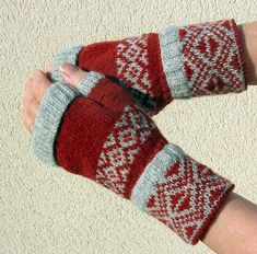 Ravelry: margey49's Sun and Moon Mitts