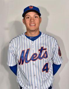 Mets shortstop Wilmer Flores