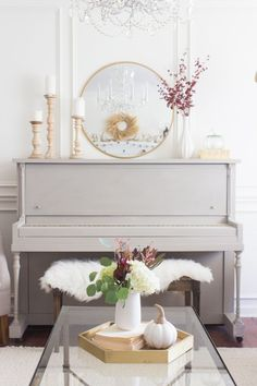 Pretty painted piano in gray