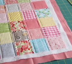 this looks easy enough...maybe I'll use this style for my 1st real quilt :)