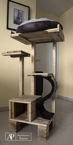 Kit for cats made with palletsDIY Pallet Furniture Diy Cat Tower, Cat Castle, Cat Tree House, Cat Towers, Cat Shelves, Cat Playground, Cat Enclosure, Cat Room, Cat Condo