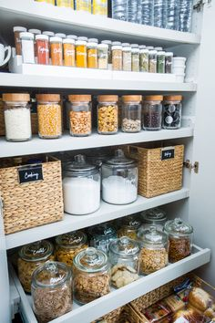 Organised pantry usi