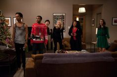 """Community """"Intro to Knots"""" Review: Christmas in Real-time - TV.com"""