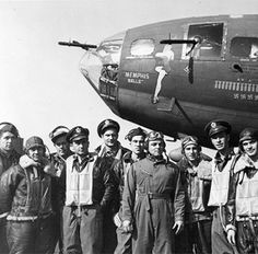 17 May 43: The crew of the B-17 Flying Fortress 'Memphis Belle' becomes the first aircrew in the 8th Air Force to complete a 25-mission tour of duty. The crew and the aircraft will be returned to the US and tour the country on a 31-city War Bond drive. #WWII #History