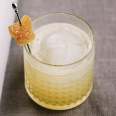 Whisky Drinks We Love: The Penicillin Fireball Cocktails, Cocktails To Try, Halloween Cocktails, Whiskey Cocktails, Classic Cocktails, Fun Drinks, Alcoholic Drinks, Beverages, Bourbon Drinks