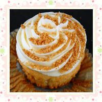 Peabody's Key Lime Pie Cupcakes are assembled of a few mouthwatering parts. First it comes the yummy graham cracker crust at the bottom, than layer of lime cake filled with key lime pie filling made with mascarpone cheese. On top is creamy key lime flavored buttercream and graham cracker crumbs as a garnish.