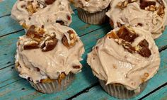Snickers Cupcake Recipe HAVE TO MAKE THESE!