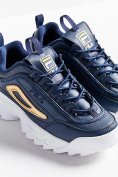 Womens Fashion Sneakers, Fashion Shoes, Fashion Women, Fila White Sneakers, Chunky Sneakers, Sock Shoes, Shoe Boots, Lit Shoes, Cute Nikes