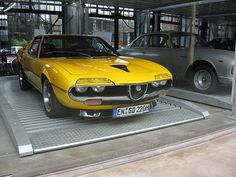 Alfa Romeo Montreal  - Yellow Car