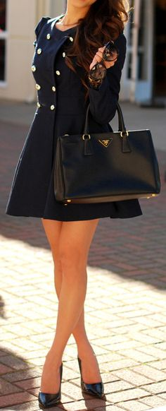Need this navy blue Dresscoat! Pin Up Girl Fashion:: Winter Fashion:: Peacoats
