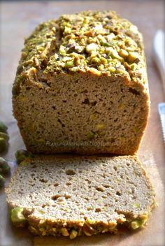 Puur & Lekker leven volgens Mandy: Mandy antwoordt (1) + Recept: Pistache brood