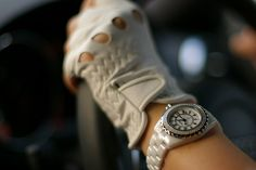 http://www.flickr.com/search/?q=glove%20chanel