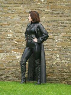 Mistress pleasure halo