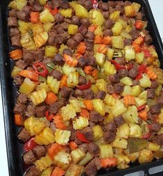 Image may contain: food Casserole Recipes, Meat Recipes, Snack Recipes, Dinner Recipes, Cooking Recipes, Healthy Recipes, Turkish Recipes, Ethnic Recipes, Iftar