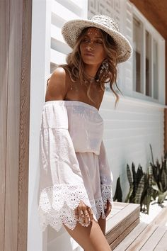 Lovely Look. 26 Affordable Street Style Ideas To Rock This Summer – Latest Summer Outfits Collection. Lovely Look. Boho Chic, Bohemian Style, Style Outfits, Fashion Outfits, Fashion Tips, Fashion Shoes, Fashion Beauty, Cute Summer Outfits, Summer Dresses